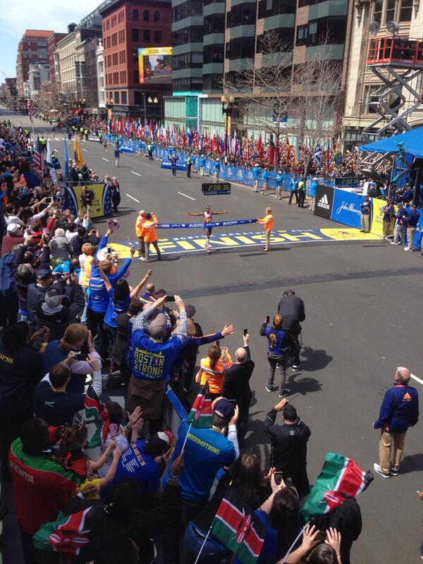 Meb Keflezighi is your 2014 #BostonMarathon Champion!!!! http://t.co/G3WYI395ge