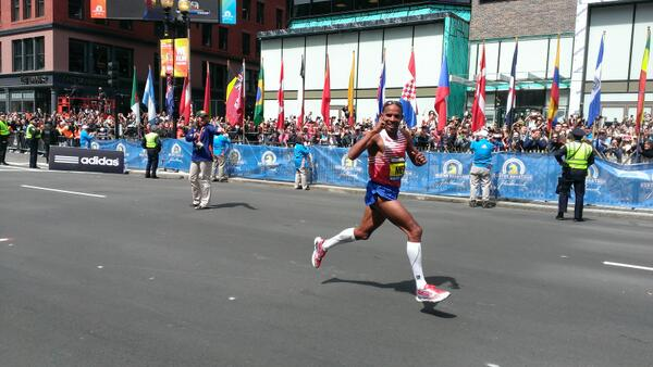 I swear he looked at me. #WLMARATHON #USA http://t.co/kstCxU29SX