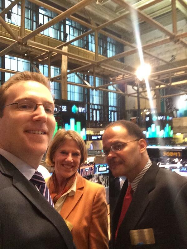 Ringing the bell @NYSEEuronext w/old friends @elittlefield & @theGIIN's Luther Ragin #impinv http://t.co/EZbeZbCocO
