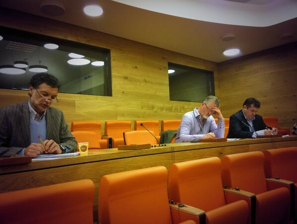 Introduction of the participants of Session 1a of #ciardgodan meeting http://t.co/zmTcvEK7zX