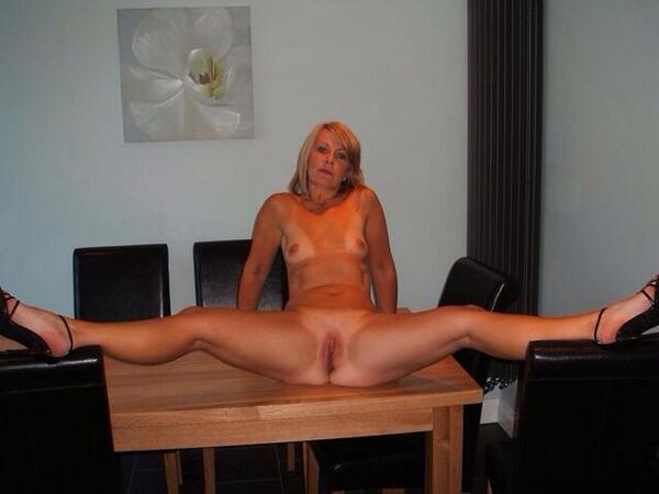 голые развратные взрослые женщины фото