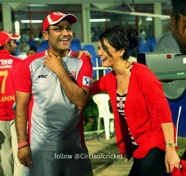 @virendersehwag @realpreityzinta @lionsdenkxip hope today viru will get MOM award!!!! http://t.co/2hoRwrldmi