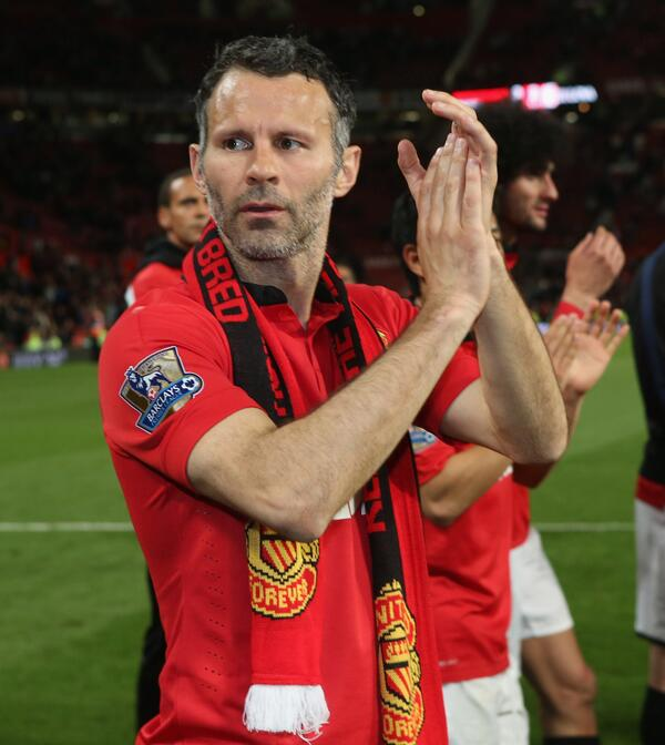 Giggs signed off on the PA system with: 'Keep supporting us and the good times will come back soon. Thank you.' #mufc http://t.co/tYsISs4UeW