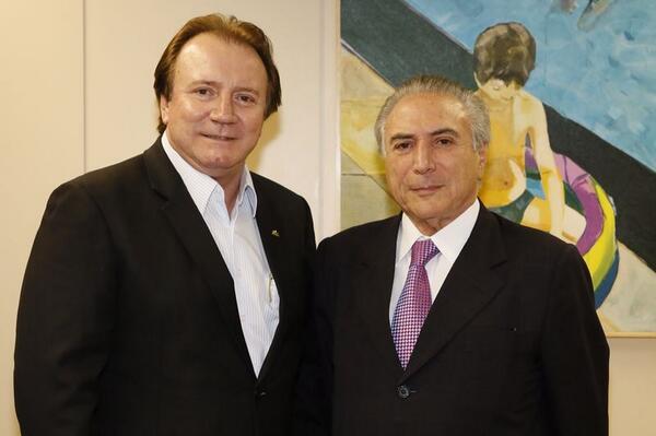 Recebi, hoje em Brasília, a visita do meu amigo @junior_friboi