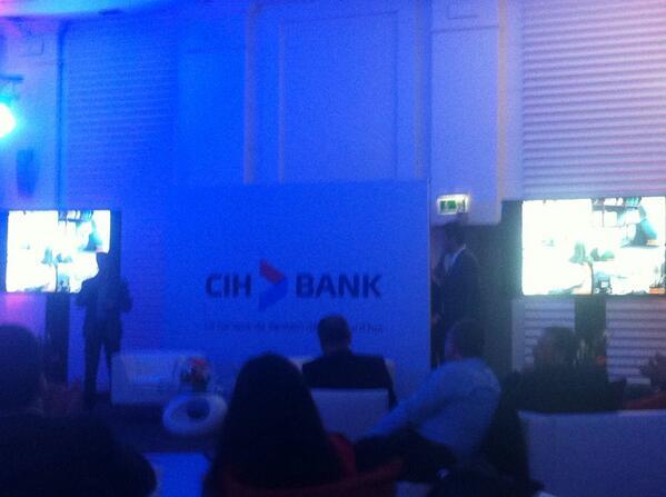 Finalement ce qui #vadisparaitre est le changement d'identité visuelle et esprit com de #CIH qui devient #CIHBank http://t.co/lewPf4KiIz