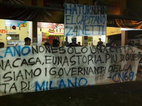 Suasana NOBAR Milan vs #INTER w/ @ICI_Tasikmalaya cc: @InterClubIndo @inter #SempreINTER http://t.co/vjASgl28n6