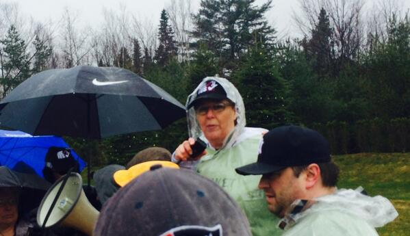 .@NYSUT President Karen Magee at #picketinthepines http://t.co/zA6mhA78HZ