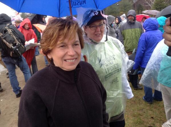 AFT prez and NYSUT prez at #picketinthepines #campphilos http://t.co/onpNi2jfSG
