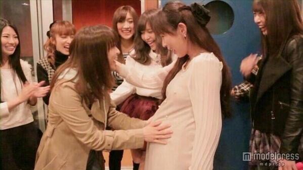 "AKB48 >> Single ""#Sukinanda"" - Página 2 Bm3LywTCQAA2RJJ"
