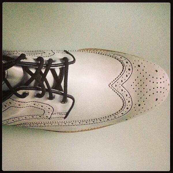 Love the brogue details on the @footjoy #city #golf #shoes http://t.co/dYIyBzWsWb http://t.co/Bd3aWtYxRw