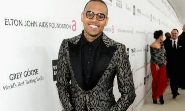"Happy ""25th"" Birthday @chrisbrown http://t.co/KqVL5IY34J"