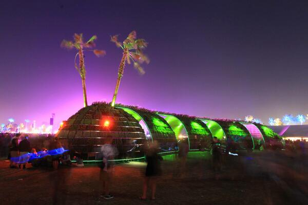 Coachella 2015 | Lineup | Tickets | Prices | Live Stream | Schedule | Sideshows | App | Video | Rumors | Hotels