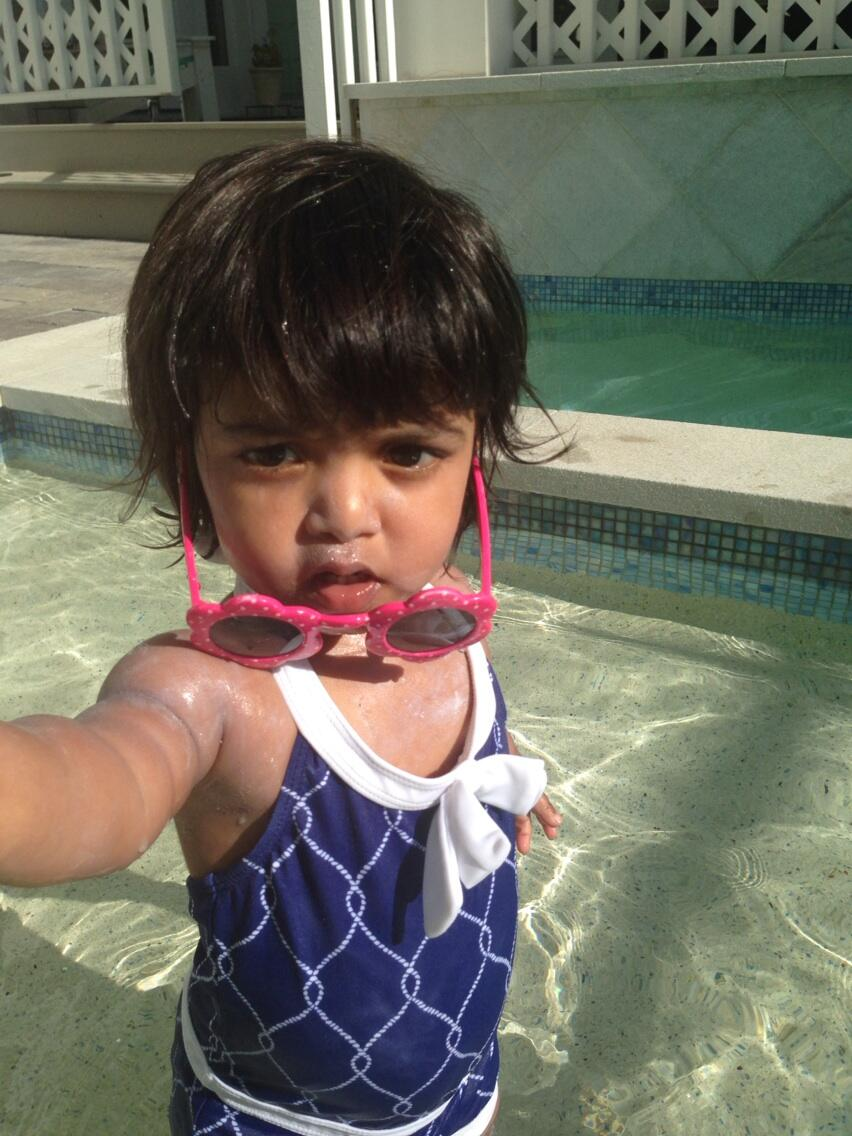 Jennifer Arnold Md On Twitter Zoey 39 S First Time In The Pool Turns Out She Had A Good Time
