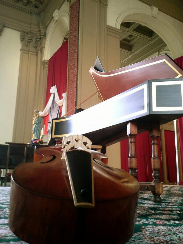 #ViolaDaGamba & #Harpsichord before our #AmadeusConcerts/ @NewCommaBaroque program at #ShrineOfChristTheKing Sunday pic.twitter.com/8PHkchH8yB