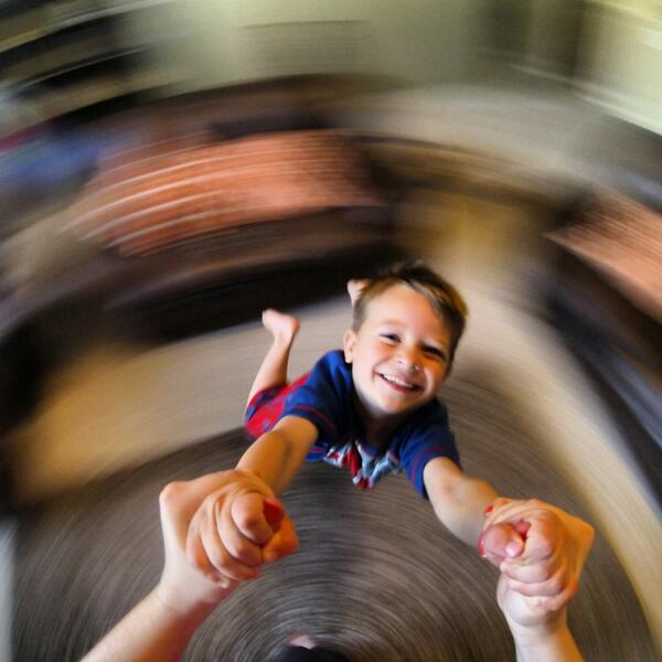 Day 3: Chase flying! #100HappyDays #100SwonderfulDays #gopro http://t.co/4lNlLHOzXr