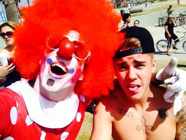 Had a blast clowning around with @justinbieber today, thanks for the rad sesh, brother! #undercoverclown #yeahdude http://t.co/j2P74AxjSW
