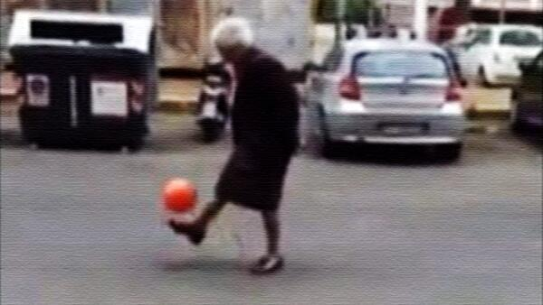 An Italian granny becomes an internet superstar for doing keep uppies in the streets on Rome [Video]