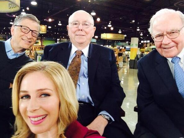 World's Richest Selfie: You're looking at a combined net worth of $143,000,000,000 http://t.co/UwzREpjoiZ