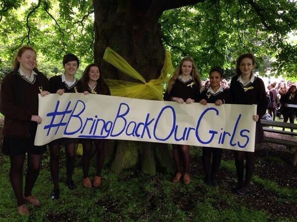 Students around world call for return of abducted Nigerian schoolgirls http://t.co/LzhfI9MkpD  #BringBackOurGirls http://t.co/IGpIT8DylW