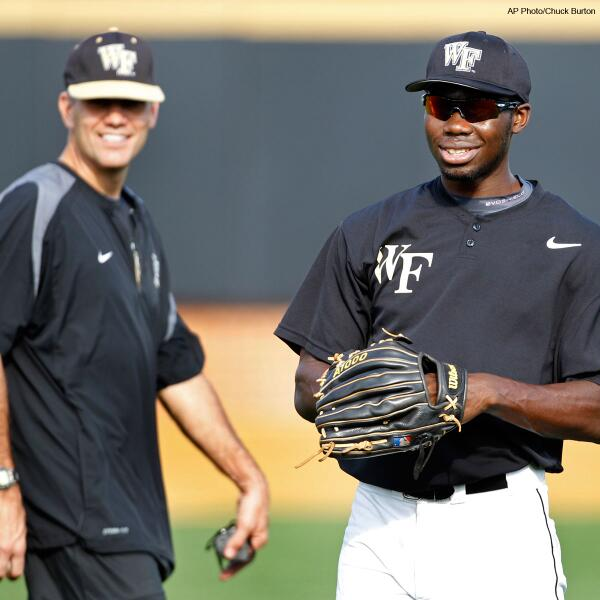 In 2011, Wake Forest coach Tom Walter donated a kidney to outfielder Kevin Jordan. #throwbackthursday #ThanksCoach http://t.co/NaqXnE0X39