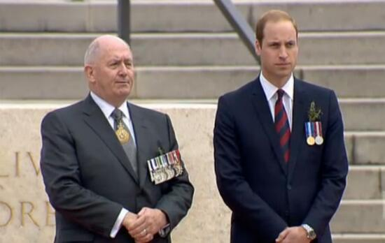 Prince William & the Governor General watching the #ANZACDay2014 march #RoyalVisitAus http://t.co/4kJTWLnrbQ