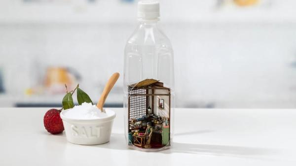 Take a look at a quirky ad that fits a kitchen into an ordinary bottle: http://t.co/hC2qcNSJWY http://t.co/grs7MrmCWu