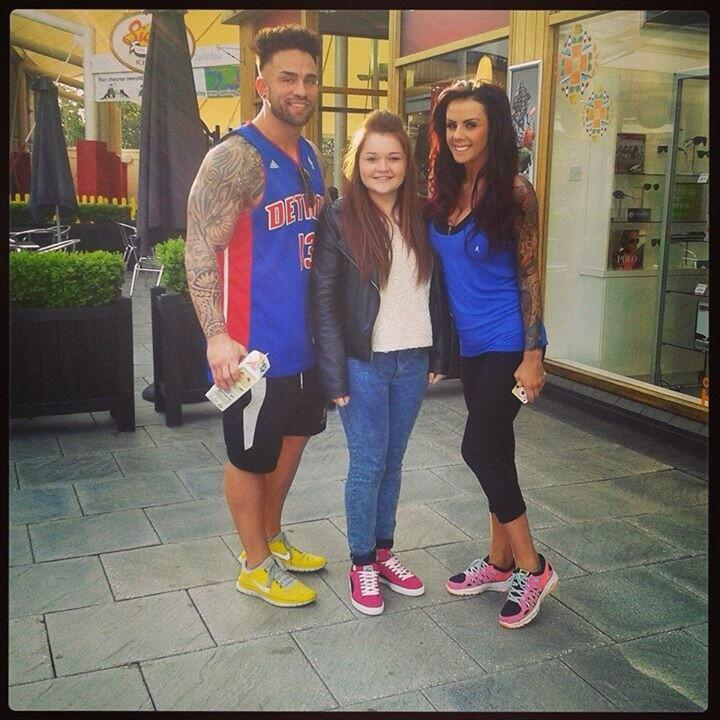 RT @ChloePaddick: Met Anthony and Nat from the valleys!!❤️ @NataleeValleys @MTVTheValleys http://t.co/aQh9hrYNl9