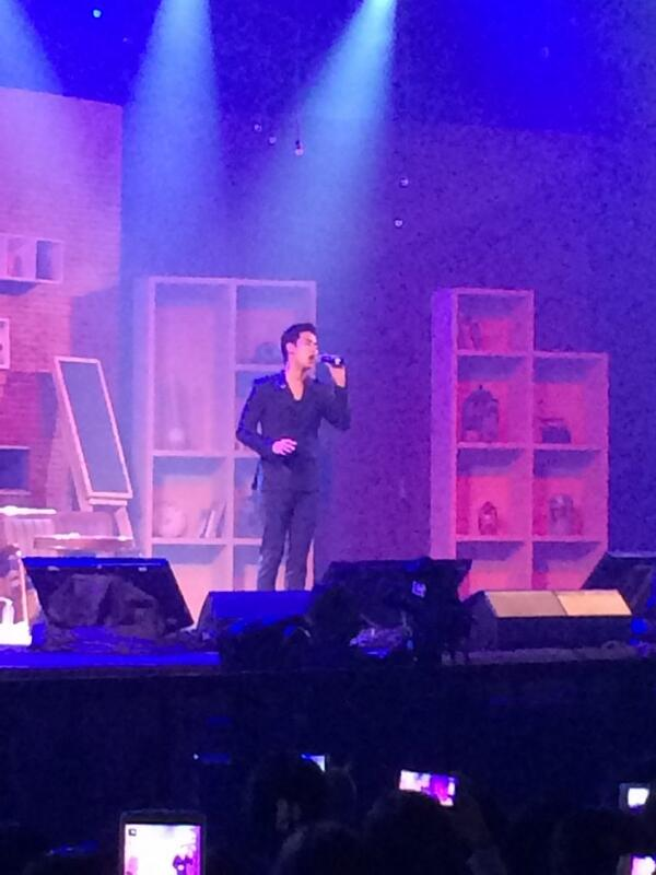 Kim Soo Hyun is on stage!! http://t.co/RLdCPN7tHF