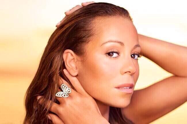 Mariah Carey en couverture du mag. Billboards  BmEcIMyIgAAvuZ6