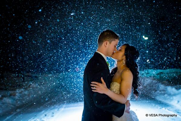 We were blown away by this beautiful photo of a recent @CrystalBallNJ bride and groom! http://t.co/ynBDEgyMuG