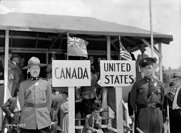 Don't Touch Me,' Said Canada. 'I Won't!' Said The USA. So They Moved 20 Feet Apart http://t.co/5c0p1r51Yl http://t.co/iHAFi8M7UX