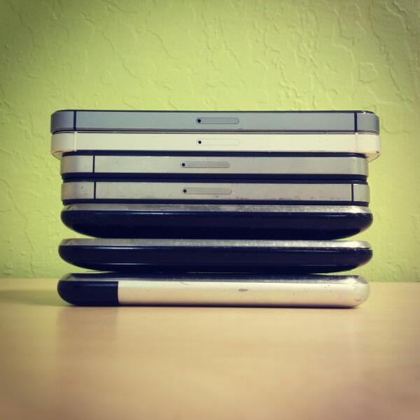 Apple iPhones: 2007, 2008, 2009, 2010, 2011, 2012, 2013. http://t.co/PMZ0nE9e7U (via @lukew)