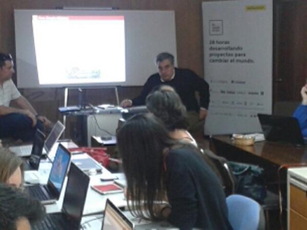 """Presentando """"Informática abierta, ciudadanía y generación de empleo"""" de Jason Hibbets. wwwcasasinapiaediciones.es http://t.co/cVUZYesrWs"""