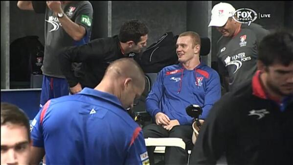 Great to see Alex McKinnon in the @NRLKnights sheds before tonight's game. #nrlcbynew #nrl http://t.co/YyPgGkltCm