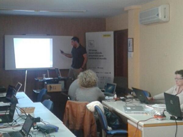 Jaime Torres nos habla de datos abiertos #jpd14 #jpd14a http://t.co/23wLF77ax1