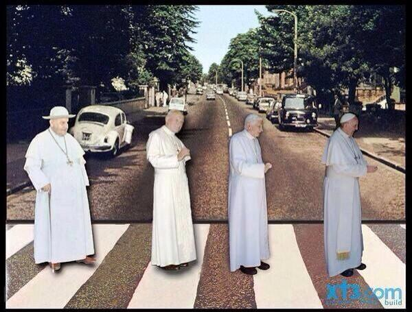 What do you think about this collage?, we find it interesting :)  #2popesaints #CanonizationCountdown http://t.co/OYT1YcsnGv