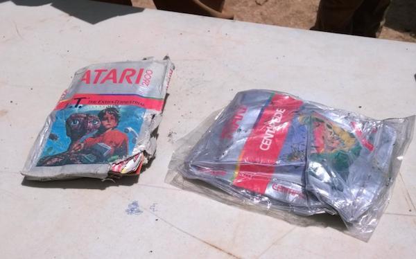 ¡La leyenda era cierta!: Han encontrado los cartuchos enterrados del juego de E.T. - http://t.co/pWfc54bd2B http://t.co/NEuvw2lBmb
