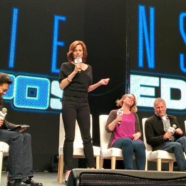 The amazing Sigourney Weaver at #AliensExposed has arrived! We're geeking out. #ShawDirect http://t.co/tZWMMaz0YU
