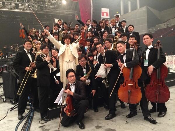 ニコニコ超パおわた〜 6000人のお客さんの前でのソロは気持ち良すぎワロタ! ニコ管弦楽団のみなさんもおつですた〜 http://t.co/15RvQqvEcb