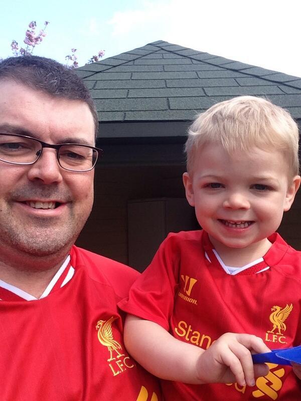 We're ready !!!!!!! Come on red men, #lfc http://t.co/Tk0n1cUytq