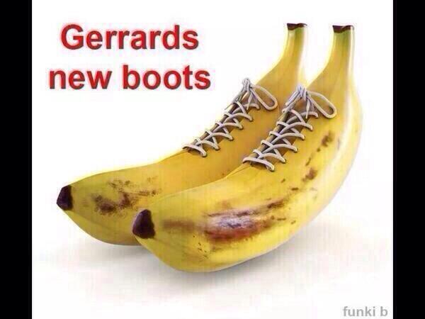 BmPoiLVIUAIguTj Steven Gerrard slips Memes & Jokes flood the internet after Liverpool 0   Chelsea 2