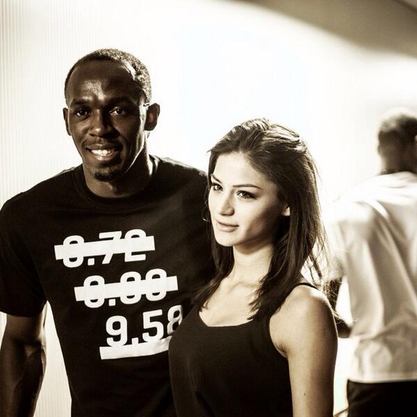 After show with @usainbolt @PUMA #fashion #catwalk #champion Xo http://t.co/j8H3fjdr3V