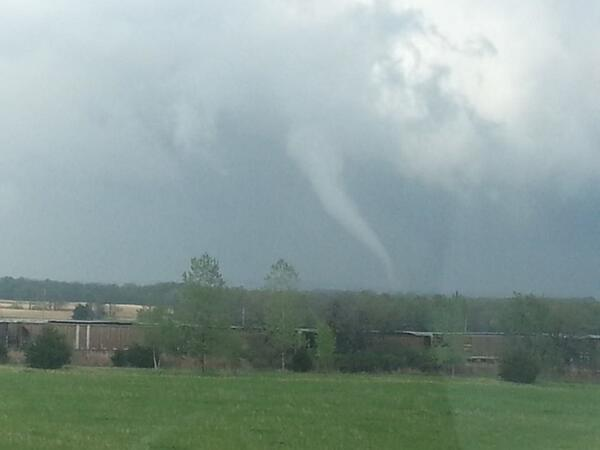 Cole Fortman shot this 4 miles east of Pleasanton KS. @fox4wx #fox4kc http://t.co/Gk3Us5fXvr