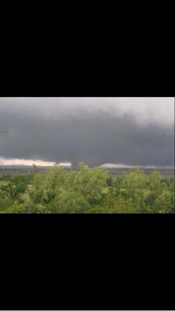 Mayflower tornado.  KATV viewer pic #arwx http://t.co/fexn4ktBLW