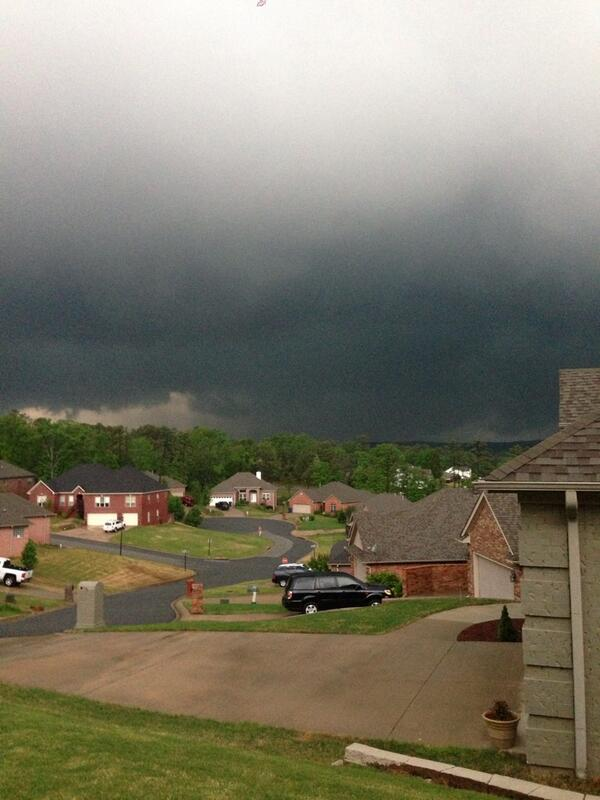"RT @spann: Arkansas ""@rlatwin: @KATVBarry seeing Tornado going over Mayflower from Maumelle http://t.co/ms8MZjnQkY"""