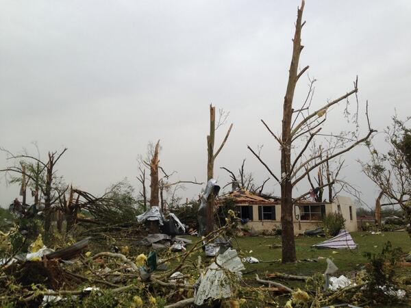 In Mayflower, Arkansas, where a tornado struck last night. @caseystegall http://t.co/4qgdEzE4Wa
