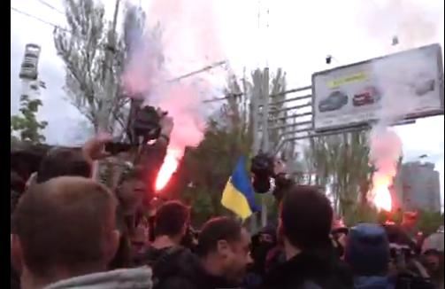 В кровавом разгоне митинга в Донецке пострадали минимум 14 человек - Цензор.НЕТ 4236