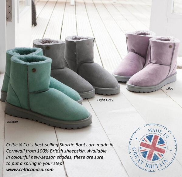 #COMPETITION We are giving away 1 pair of our Colour Shortie Boots. Re-tweet & follow to enter. Hurry ends 5th May! http://t.co/y9xXD4Pkki