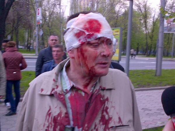 В кровавом разгоне митинга в Донецке пострадали минимум 14 человек - Цензор.НЕТ 818