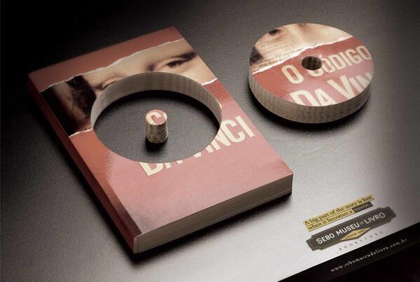 Brezilyalı bir ajansın anlamlı reklamı: Bir kitap film olduğunda hikayenin büyük bir kısmı kaybolur. #kitap http://t.co/H4a7Vo9ASj